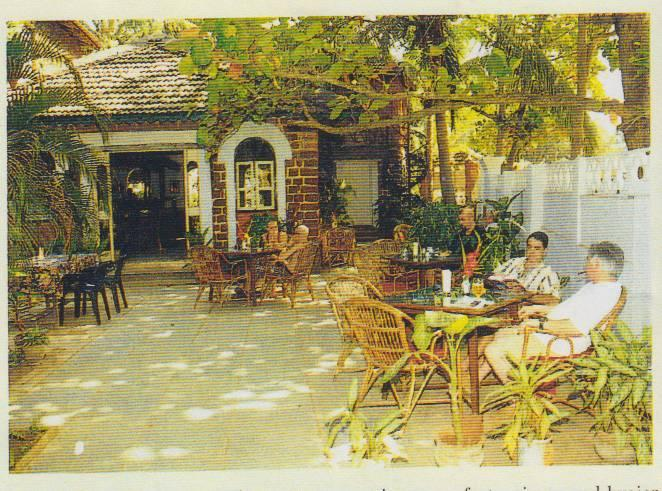 Article: Discover India (October 2000)
